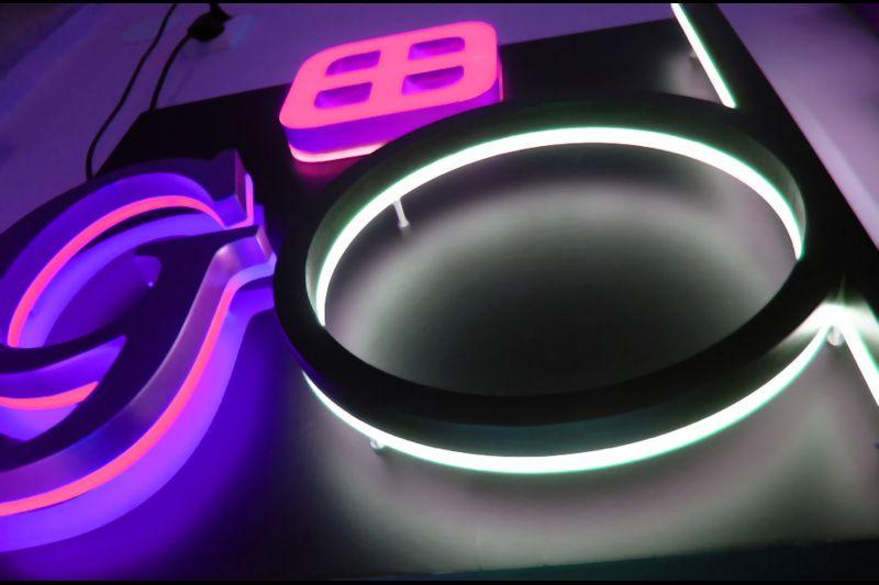 Lettres relief éclairage LED